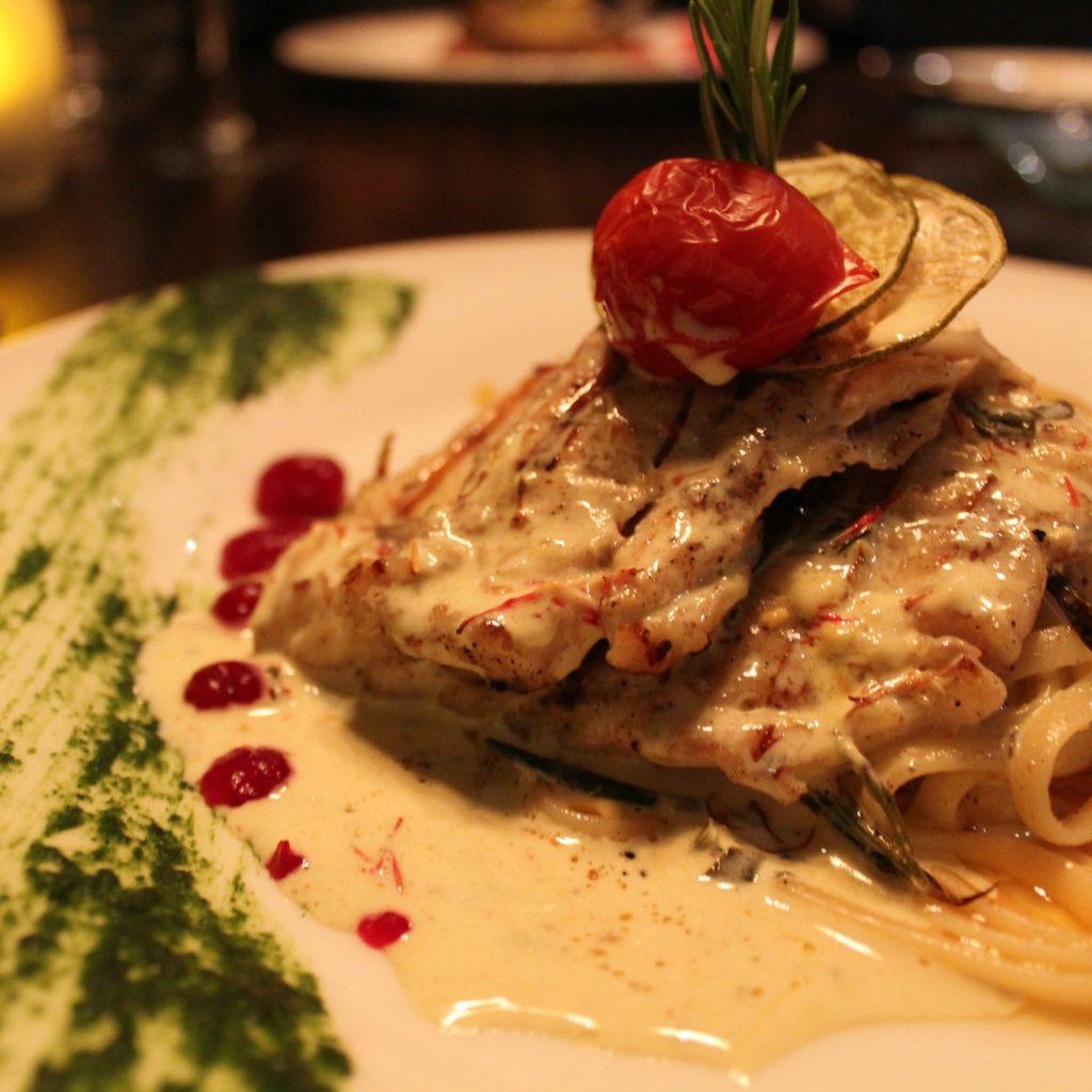 Main course in the restaurant Levante