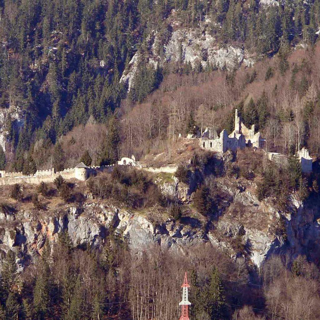 castle ruins wolkenstein