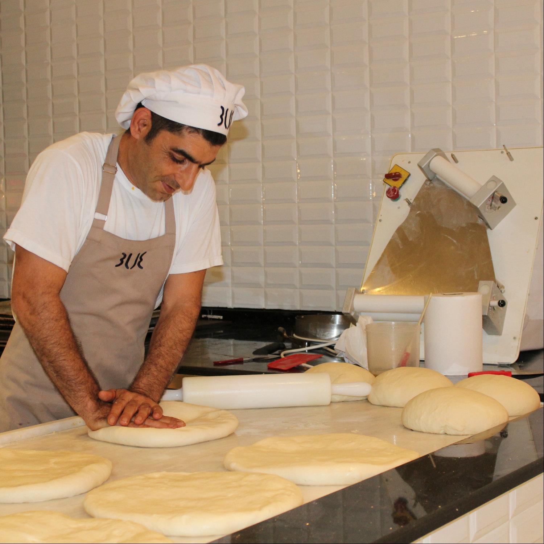 Brot backen in der Hausbäckerei mit Ali