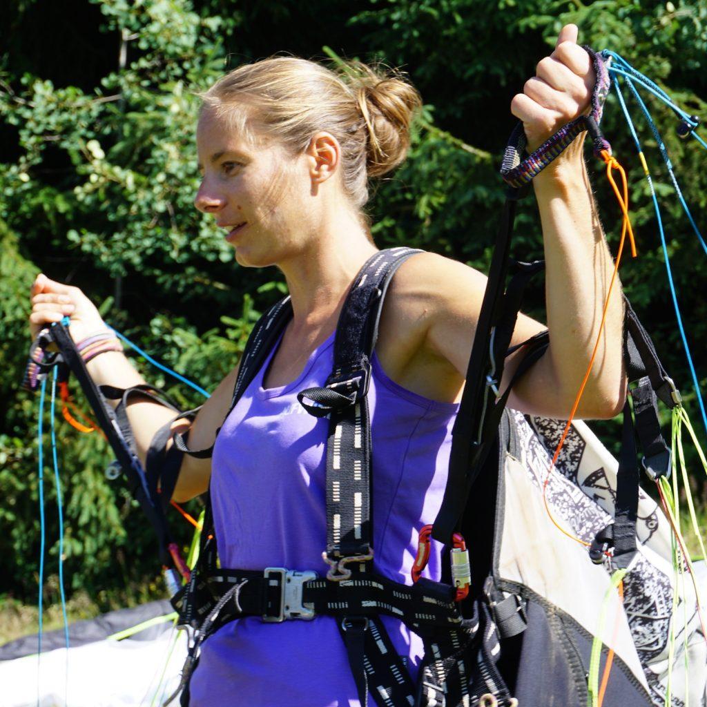 Kursleiterin Paragliding Sandra