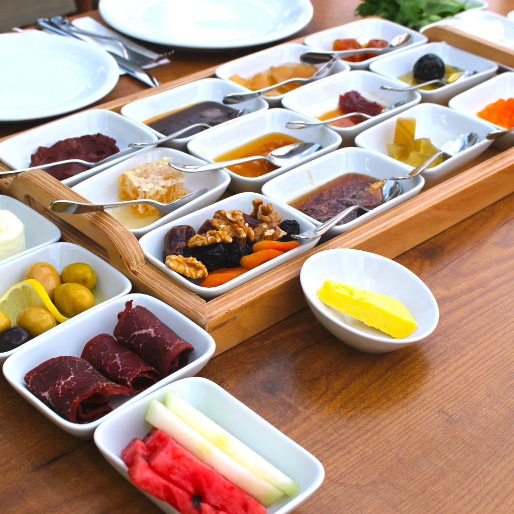 Türkische Spezialitäten Brot Ost Brotaufstrich