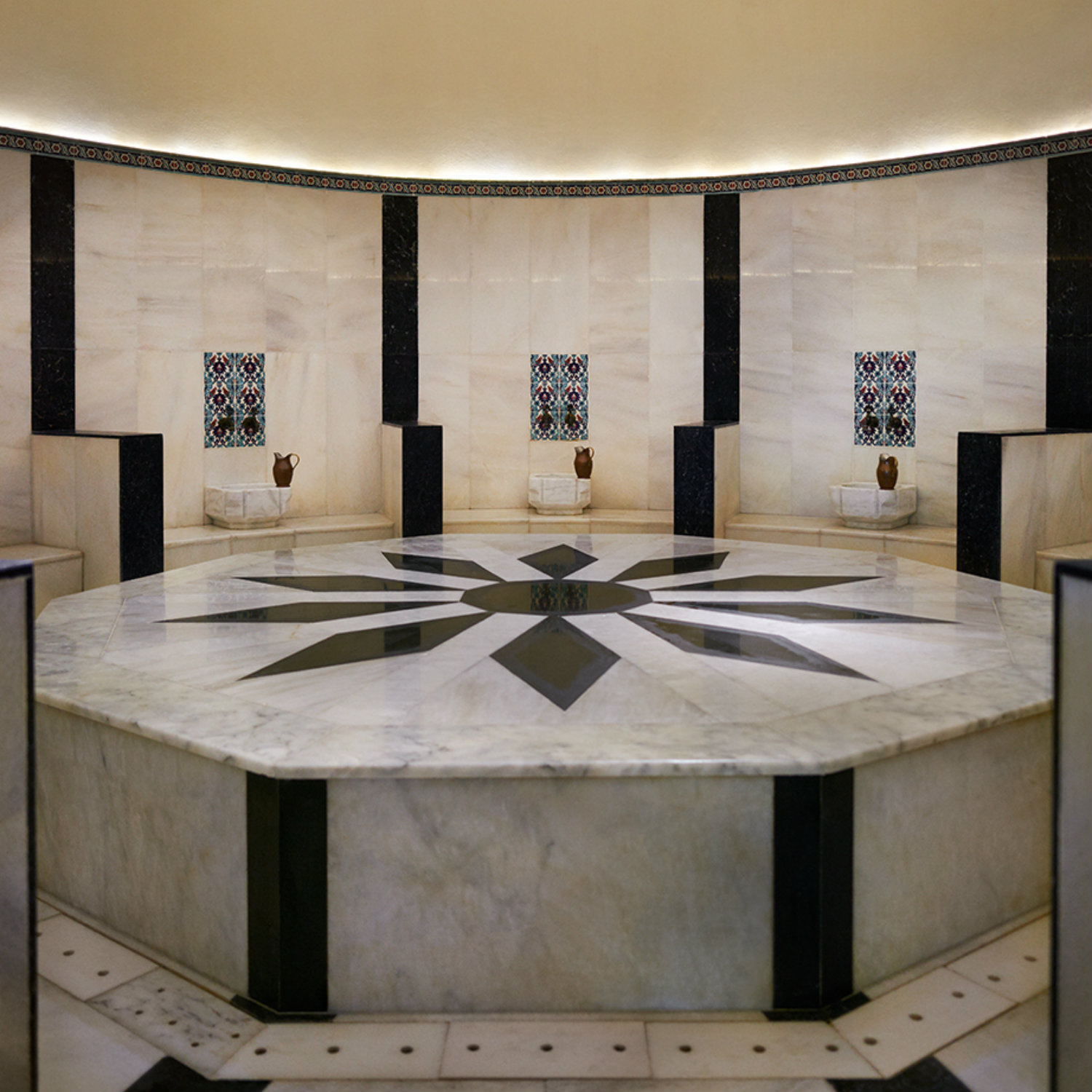 Hamam Bath: Wellness in the BLUE Spa