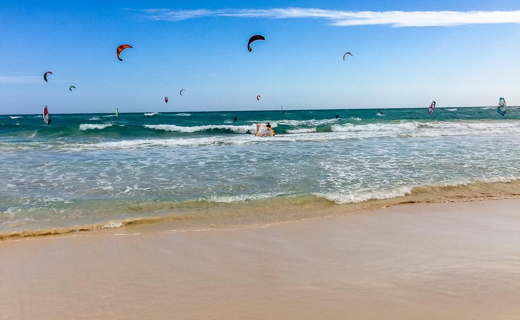Fuerteventura: Flag Beach, ein Strand nicht nur zum Surfen