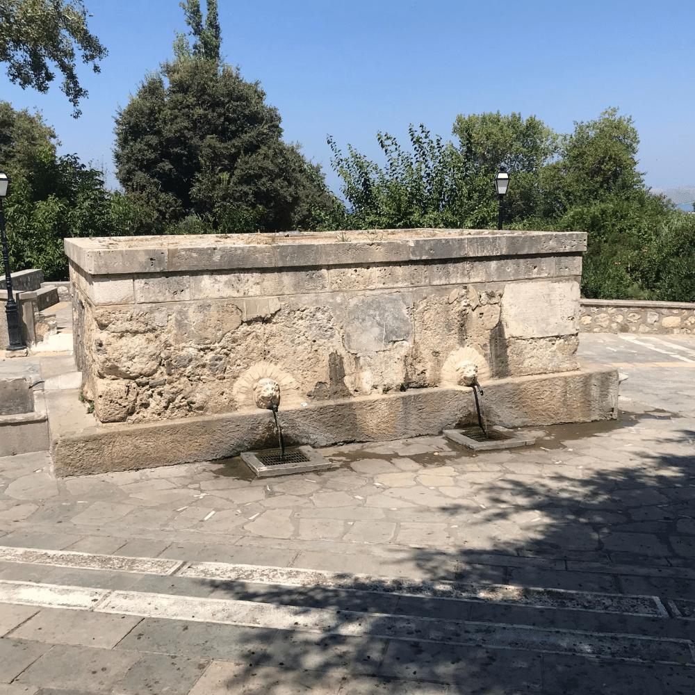 Brunnen Pyli