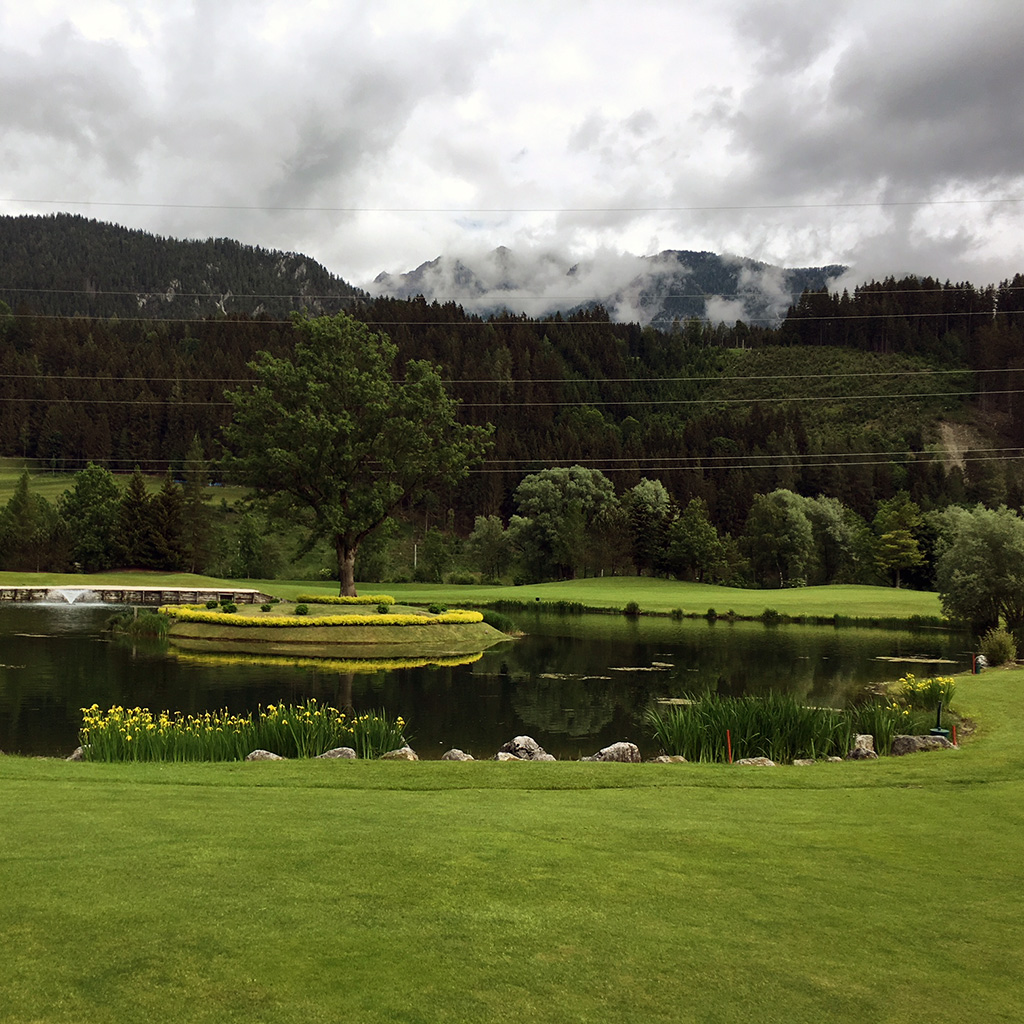golf court panorama schladming
