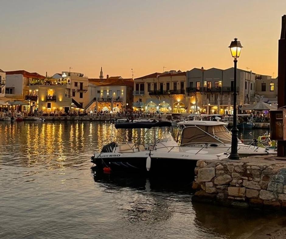 Hafen Rethymno bei Nacht
