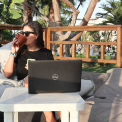 My Workation – Home office with a view of the sea