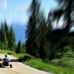 Mountaincart: Auf dem Dreirad den Berg runterbrettern