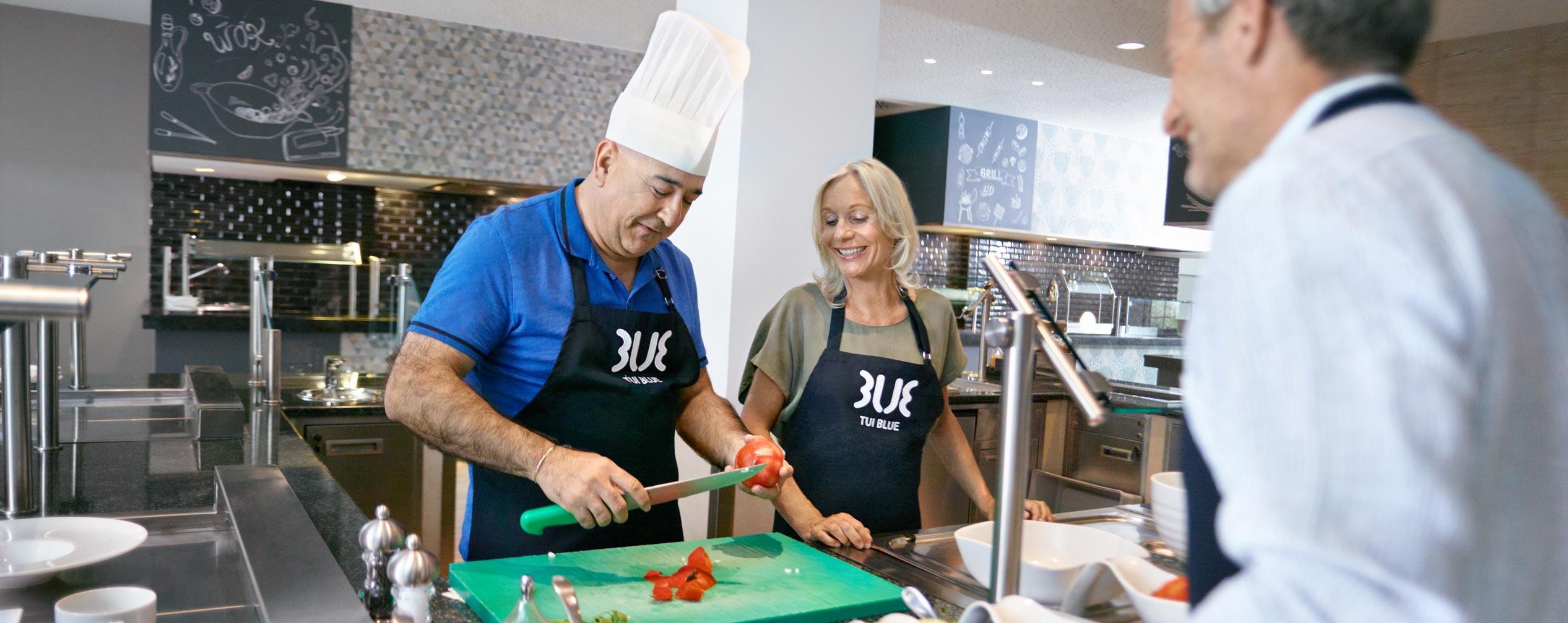 Kochen mit dem Hoteldirektor Yavuz Sarigerme Park