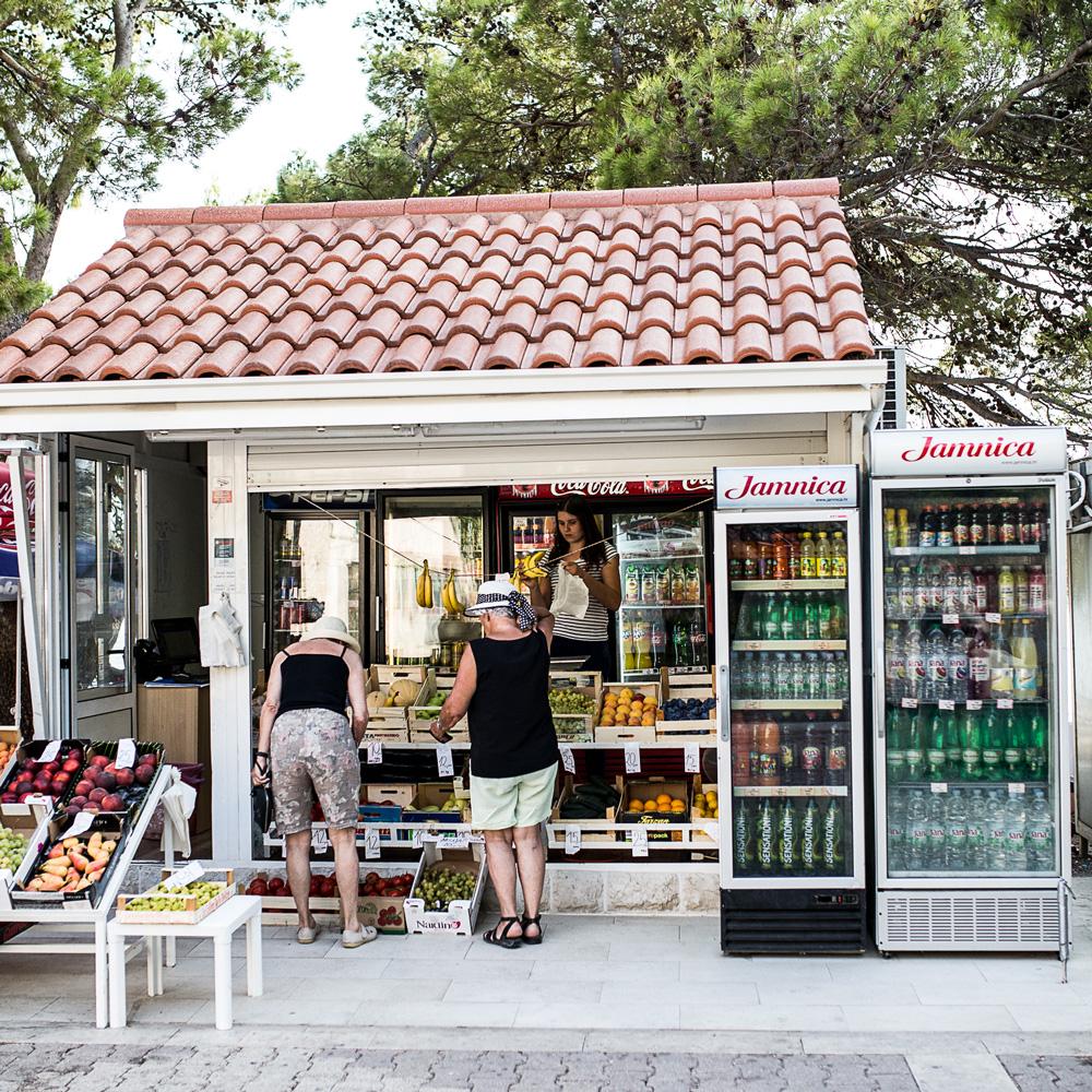 makarska riviera kiosk