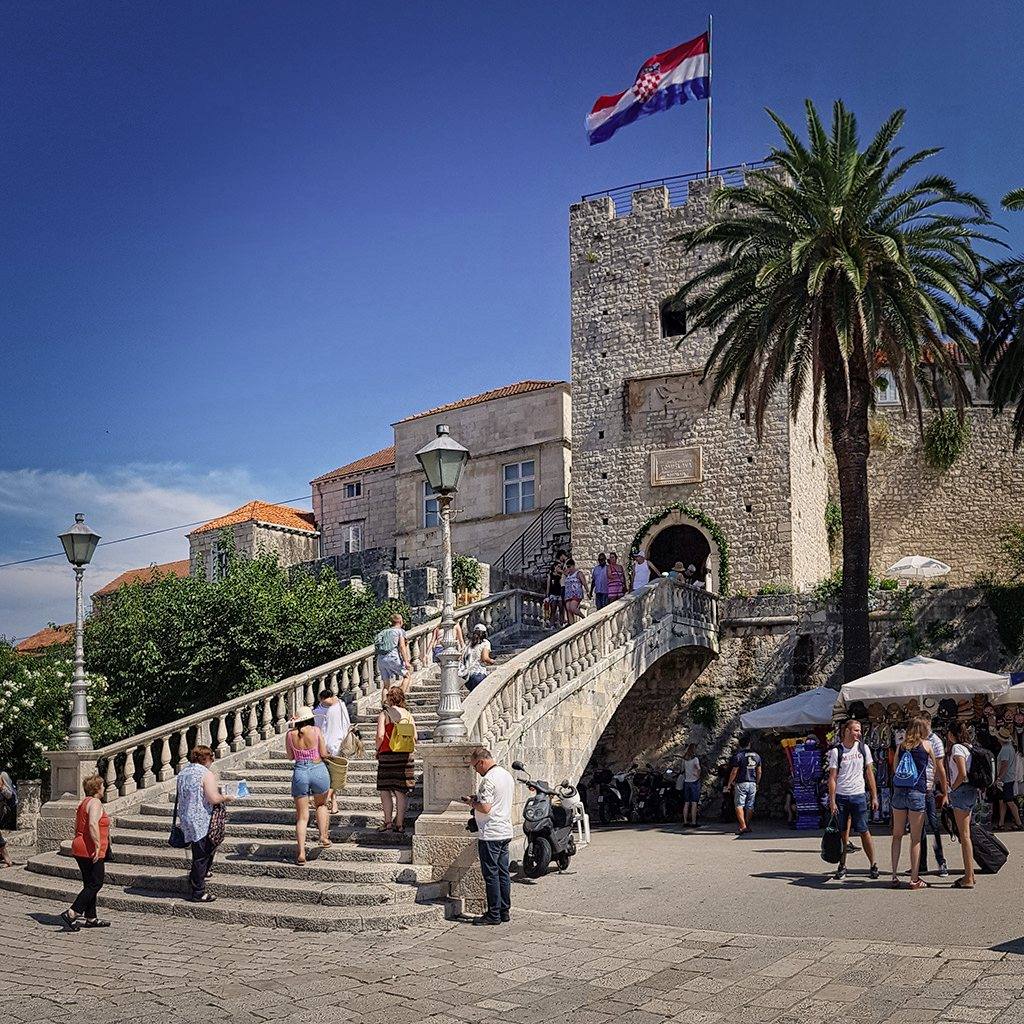 mittelalterliches stadttor korcula