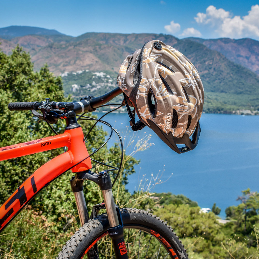 mountainbike berge marmaris helm