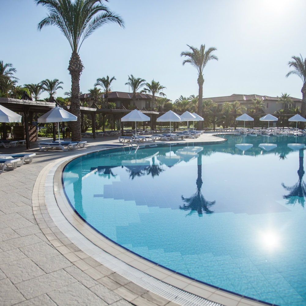 pool landscape tui blue palm garden holiday diary