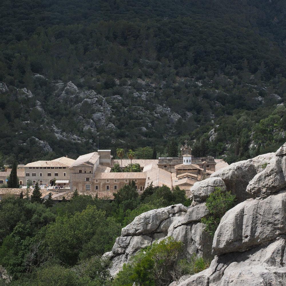 Kloster in den Bergen