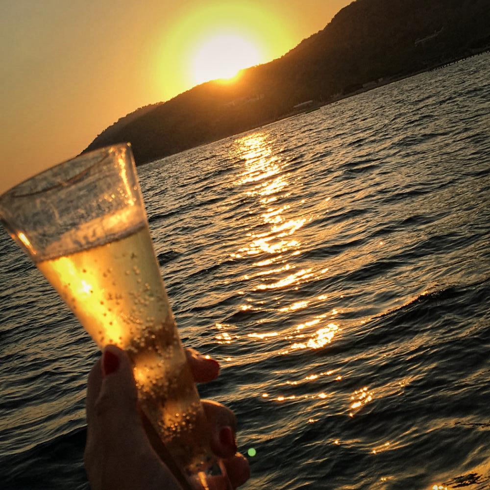 sparkling wine sunset