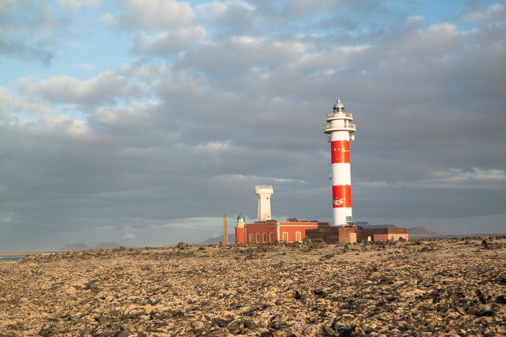 """Fuerteventura: Der Leuchtturm """"El Toston"""" an der Nordspitze der Insel"""