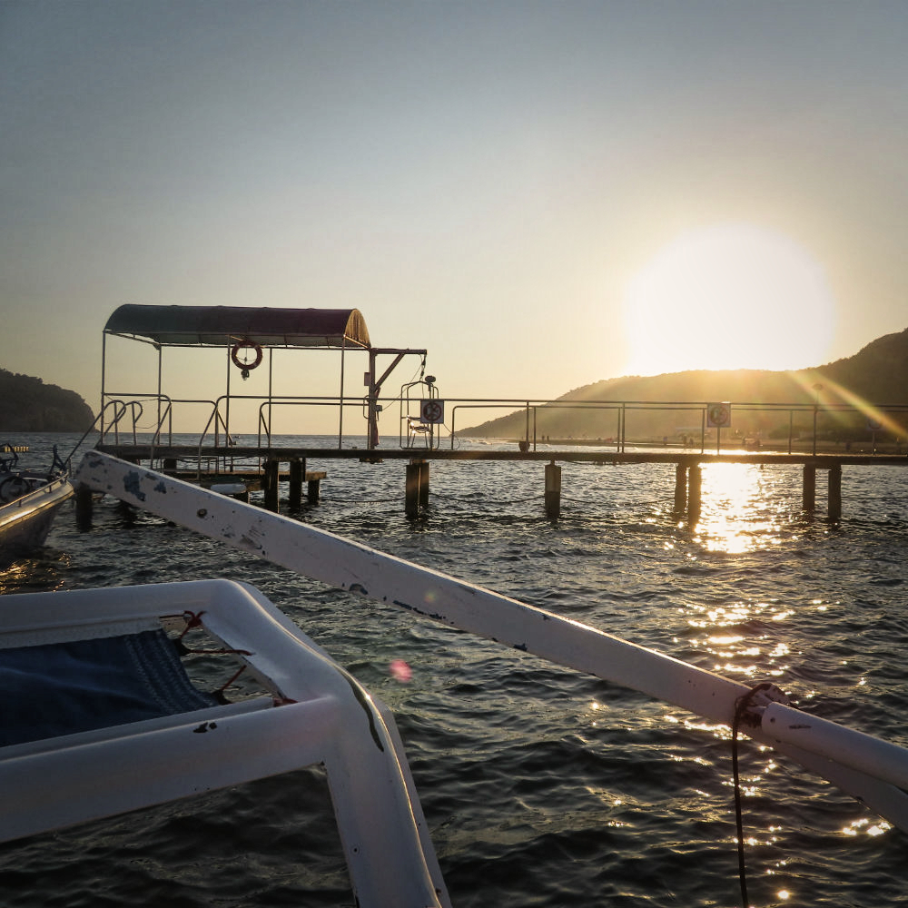 catamaran boat tour in turkey sun