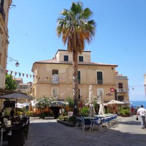 Tropea piazza