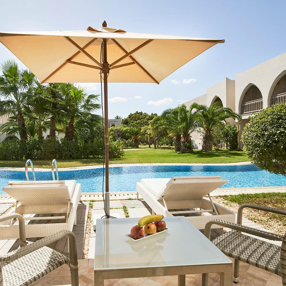 tui blue palm beach palace swim-up-zimmer