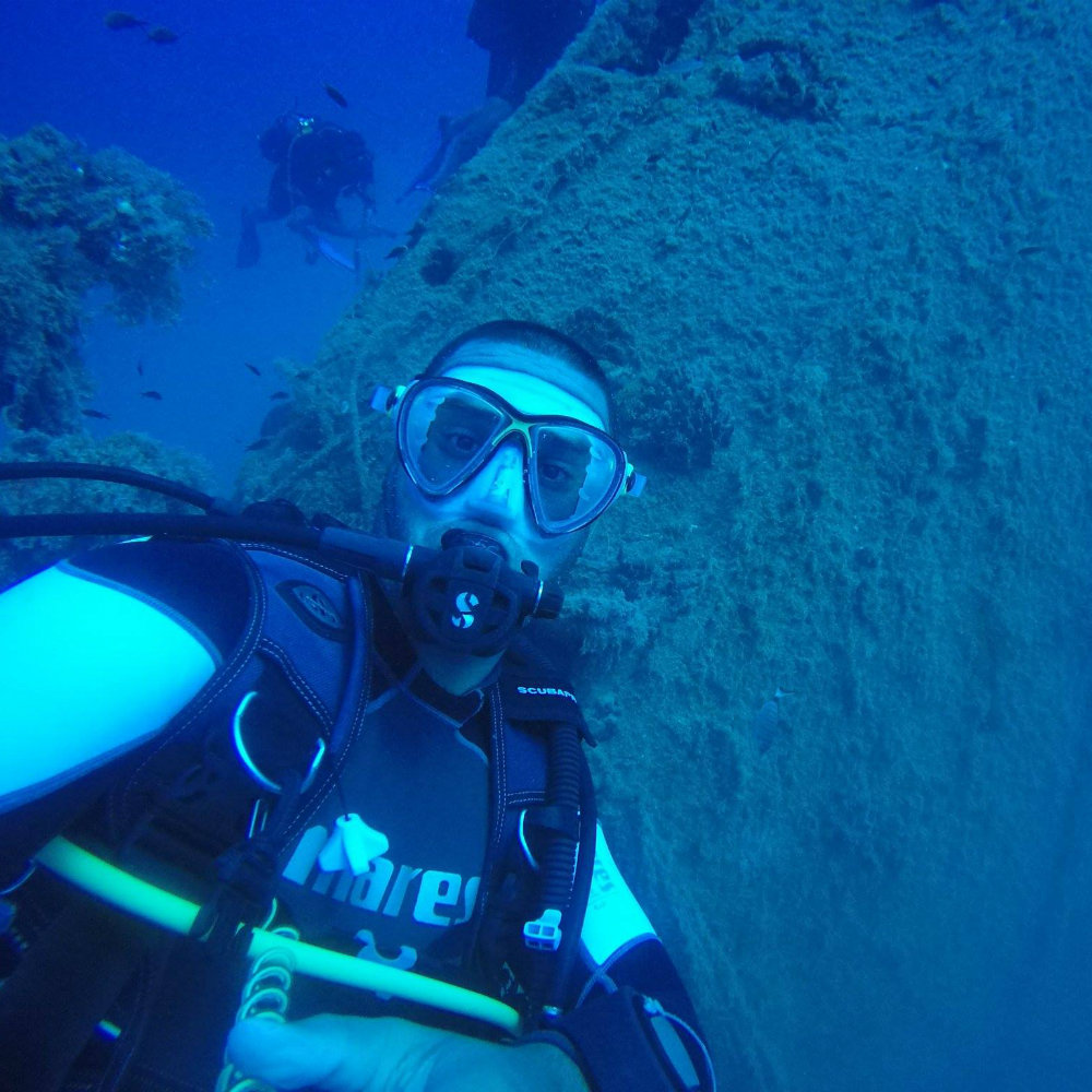 Palmaiola wreck dive